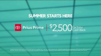 Toyota Summer Starts Here TV Spot, 'Prius Prime: Most Fuel-Efficient Hybrid' [T2] - Thumbnail 8