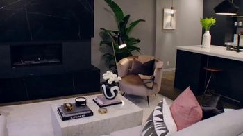 Wayfair TV Spot, 'Property Brothers: Relax by the Fire' - Thumbnail 3
