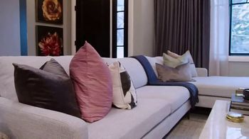 Wayfair TV Spot, 'Property Brothers: Relax by the Fire' - Thumbnail 5