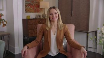 La-Z-Boy Flash Sale TV Spot, 'Subtitles: 40 Percent Off' Featuring Kristen Bell - Thumbnail 1