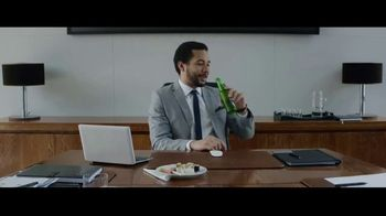Heineken 0.0 TV Spot, 'Now You Can: Presentation' Song by The Isley Brothers - Thumbnail 3