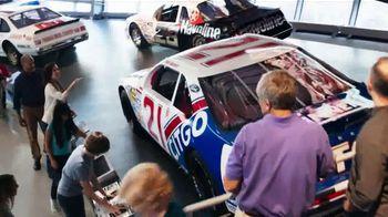 NASCAR Hall of Fame TV Spot, 'Million Dollar Bill' - Thumbnail 4