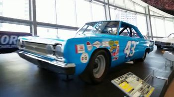 NASCAR Hall of Fame TV Spot, 'Million Dollar Bill' - Thumbnail 5