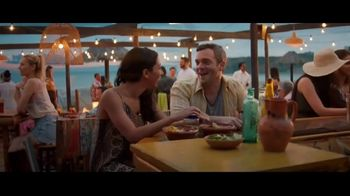 Booking.com TV Spot, \'Memorial Day Weekend\'