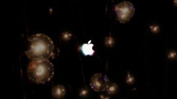 Apple iPhone TV Spot, 'MTV: Play Some Pop' Featuring Billie Eilish - Thumbnail 8