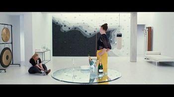 The Hustle - Alternate Trailer 35
