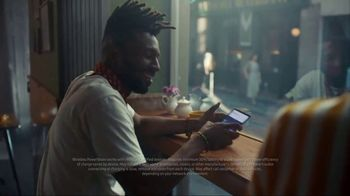 Samsung Galaxy S10 TV Spot, 'Wireless PowerShare: $400 Off' Song by Olly Anna - Thumbnail 3