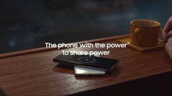 Samsung Galaxy S10 TV Spot, 'Wireless PowerShare: $400 Off' Song by Olly Anna - Thumbnail 9