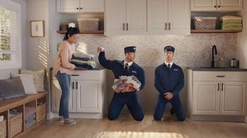 Maytag Month TV Spot, 'Extra Power Button' Featuring Colin Ferguson - Thumbnail 6