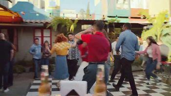 Cerveza Sol TV Spot, 'Shine Your Way' - Thumbnail 1