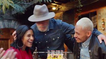 Cerveza Sol TV Spot, 'Shine Your Way' - Thumbnail 4