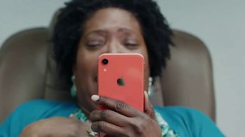 Apple iPhone TV Spot, 'Privacy on iPhone: Inside Joke' - Thumbnail 8