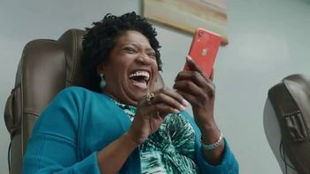 Apple iPhone TV Spot, 'Privacy on iPhone: Inside Joke' - Thumbnail 5