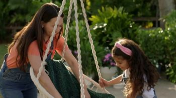 Target TV Spot, 'What We're Loving: Billboard: Home: Spring' - Thumbnail 2