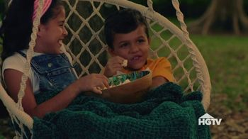 Target TV Spot, 'HGTV: What We're Loving: Backyard Movie' - Thumbnail 2