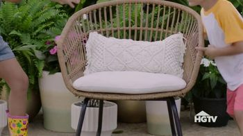 Target TV Spot, 'HGTV: What We're Loving: Backyard Movie' - Thumbnail 5