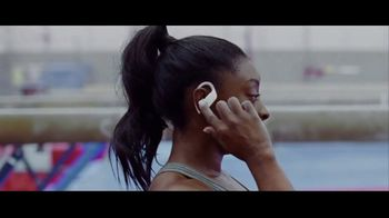 Beats Audio Powerbeats Pro TV Spot, 'Unleashed' Featuring LeBron James, Serena Williams - Thumbnail 3
