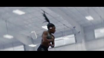 Beats Audio Powerbeats Pro TV Spot, 'Unleashed' Featuring LeBron James, Serena Williams - Thumbnail 8