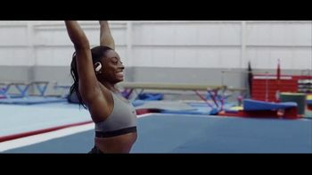Beats Audio Powerbeats Pro TV Spot, 'Unleashed' Featuring LeBron James, Serena Williams - Thumbnail 9