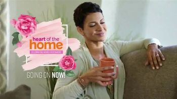 Ashley HomeStore Heart of the Home Event TV Spot, 'Dining Tables, Sectionals & Beds' Song by Midnight Riot - Thumbnail 3