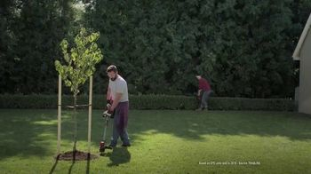 Lowe's TV Spot, 'Show Your Yard Who's Boss: Craftsman Gas String Trimmer' - Thumbnail 6