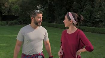 Lowe's TV Spot, 'Show Your Yard Who's Boss: Craftsman Gas String Trimmer' - Thumbnail 7