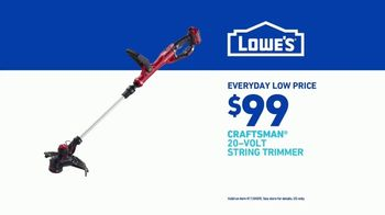 Lowe's TV Spot, 'Show Your Yard Who's Boss: Craftsman Gas String Trimmer' - Thumbnail 9