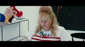 The Hustle - Alternate Trailer 33
