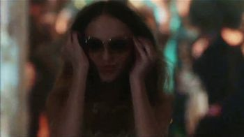 Chanel No. 5 Limited Edition TV Spot, 'You Know Me and You Don't' Featuring Lily-Rose Depp - Thumbnail 5