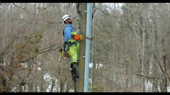 Duke Energy TV Spot, 'Line Workers Thank Customers' - Thumbnail 3