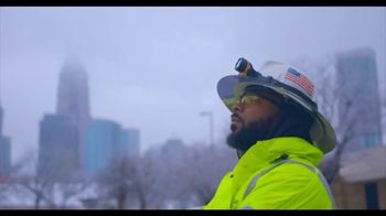 Duke Energy TV Spot, 'Line Workers Thank Customers' - Thumbnail 4