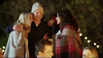 Pizza Hut Big Dinner Box TV Spot, 'Holidays: Merry and Bright'