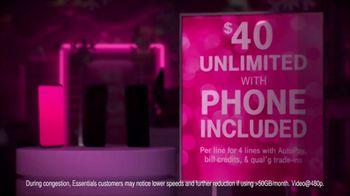T-Mobile TV Spot, 'Store Choir' - Thumbnail 2