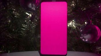 T-Mobile TV Spot, 'Store Choir' - Thumbnail 7
