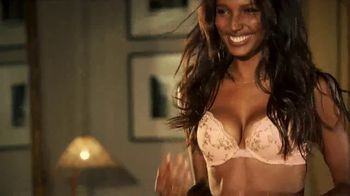 Victoria's Secret TV Spot, 'Buy Two Bras, Get One Free' Song by Lindstrom & Christabelle - Thumbnail 8