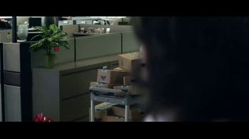Amazon TV Spot, '2018 Holidays: Can You Feel It: Last Minute Gifting' - Thumbnail 8
