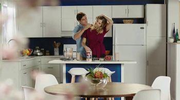 Quaker Oats TV Spot, 'Cumpleaños' Danilo Carrera, Daniela DiGiacomo [Spanish] - 3 commercial airings