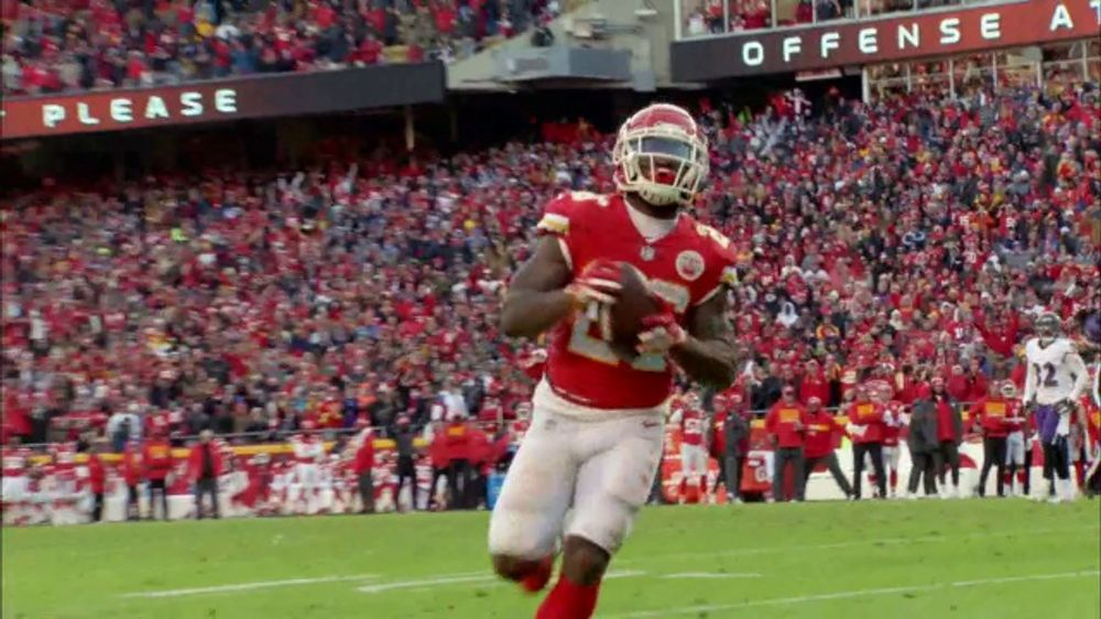 QuickBooks Intuit TV Commercial, 'NFL: Play of the Week'