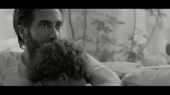 Calvin Klein Eternity TV Spot, 'Corazón' con Jake Gyllenhaal [Spanish] - Thumbnail 7