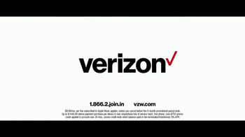 Verizon TV Spot, 'Best: iPhone XR' Featuring Thomas Middleditch - Thumbnail 9