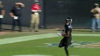 GEICO TV Spot, 'CBS Sports: Play of the Day: Born to Run' - Thumbnail 7
