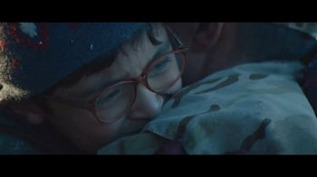Toyota TV Spot, 'Home for the Holidays' Song by Sara Bareilles [T1] - Thumbnail 10