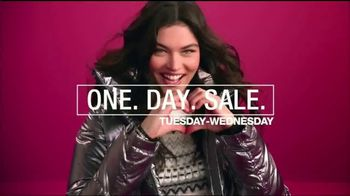 Macy's One Day Sale TV Spot, 'Boots, Handbags, Watches and Cashmere' - Thumbnail 8