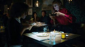Google Pixel 3 TV Spot, 'Night Sight: $200 Off' Song by Queen - Thumbnail 3
