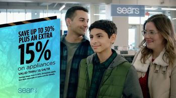 Sears TV Spot, '2018 Holidays: Save on Apparel' - Thumbnail 8