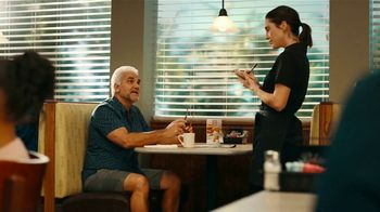 Perkins Burger, Fries & Pie Combo TV Spot, 'Bring the Pie First' - Thumbnail 4