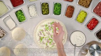 Papa John's Philly Cheesesteak Pizza TV Spot, 'Carne jugosa' [Spanish] - Thumbnail 4