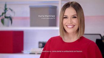 Colgate Total SF TV Spot, 'La crema dental que hace más por toda tu boca' con Karla Martinez [Spanish]