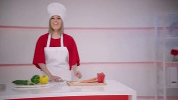Colgate Total SF TV Spot, 'La crema dental que hace más por toda tu boca' con Karla Martinez [Spanish] - Thumbnail 5