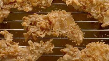 KFC Chicken Littles TV Spot, 'Se pone mejor' [Spanish] - Thumbnail 3
